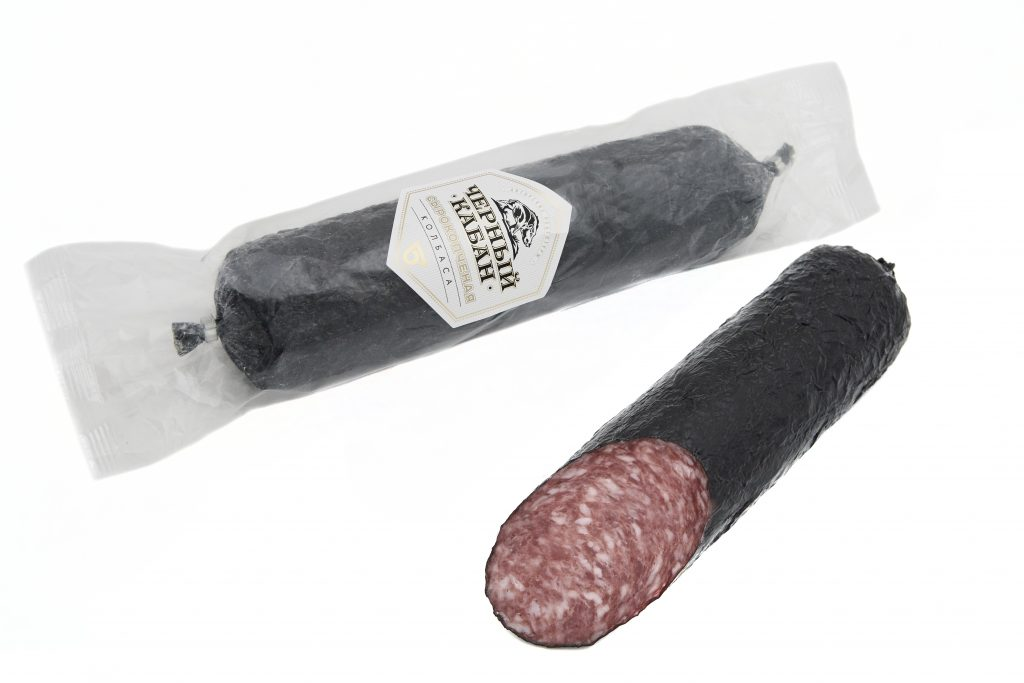 Колбаса сырокопченая Черный кабан 300гр.,шт  Омский Бекон